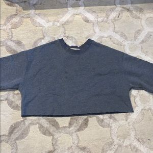 Tops - Cropped grey crewneck
